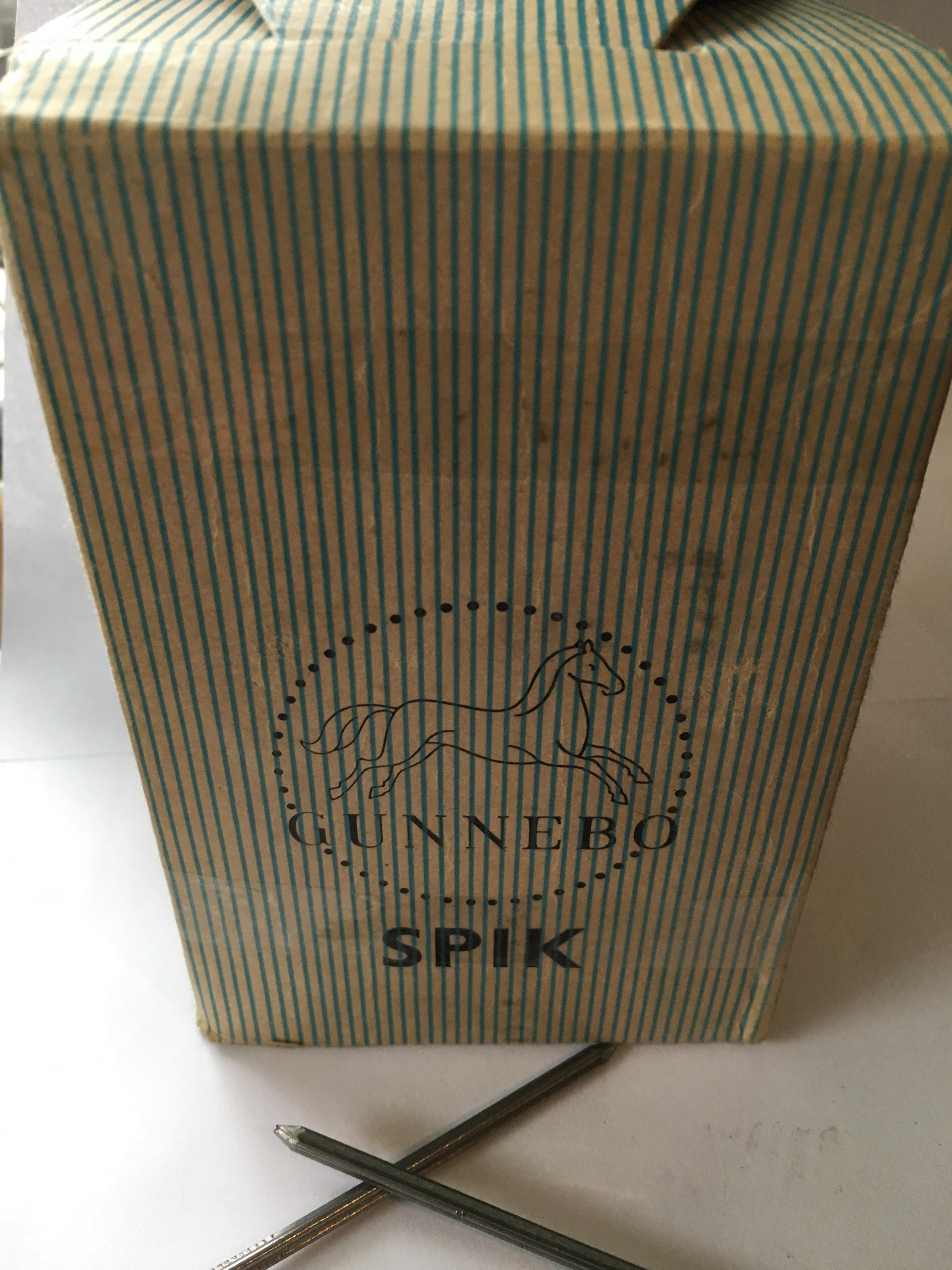 Spijkers Vierkant 75-31 Vintage jaren 50/60 !